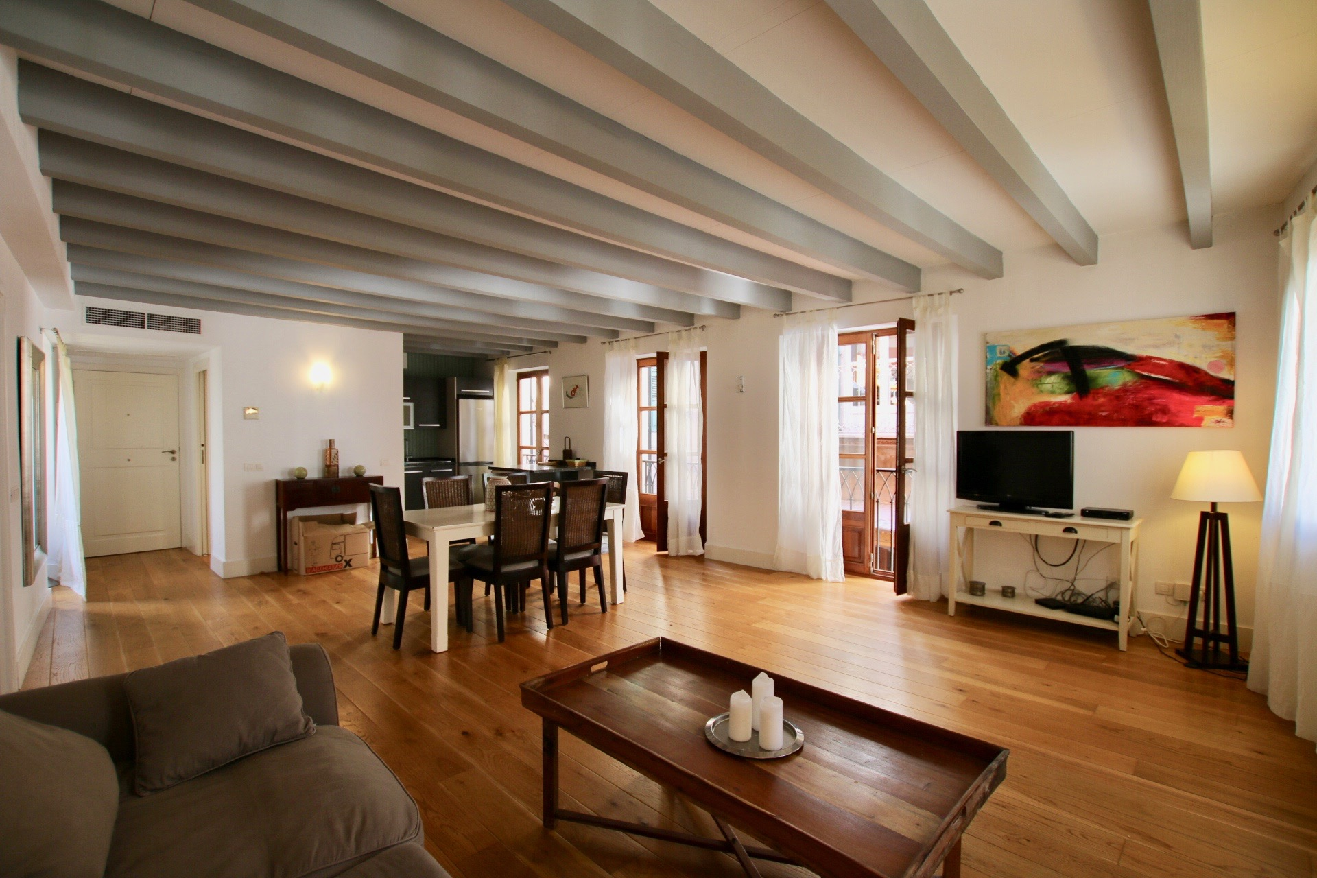 Modern and cozy  1 bedroom apartment in the heart of the old town of Palma @ Mallorca