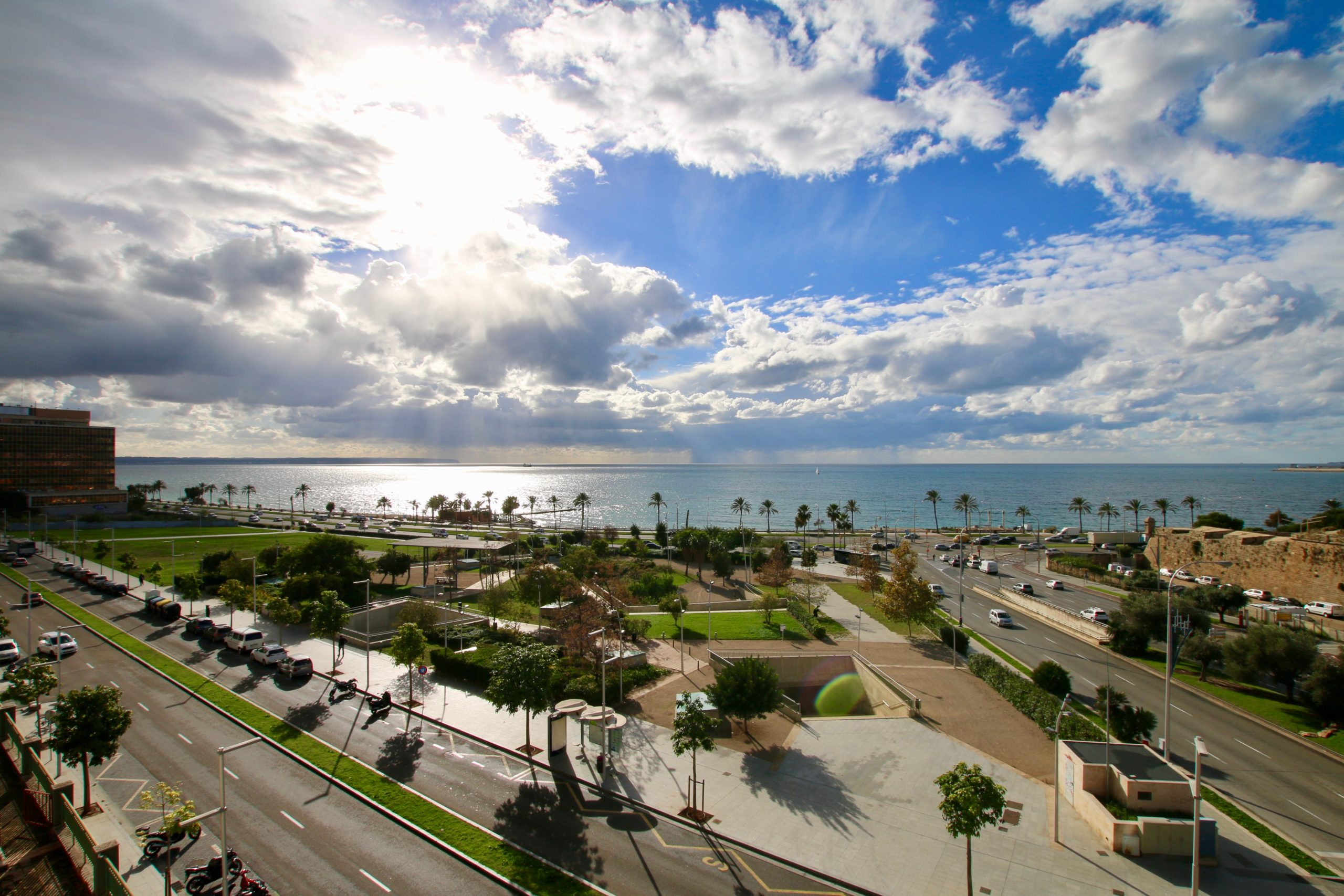 4 beds/ 4 baths penthouse on the beach with amazing views in Palma @ Mallorca
