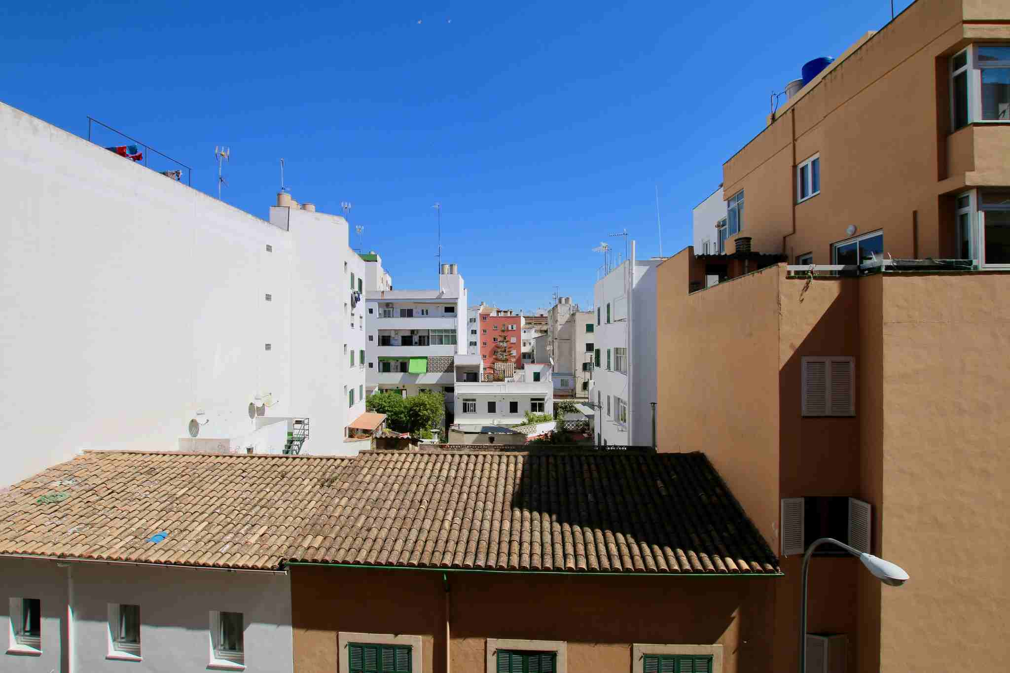 Spacious and bright 3 bedroom apartment @ Palma de Mallorca