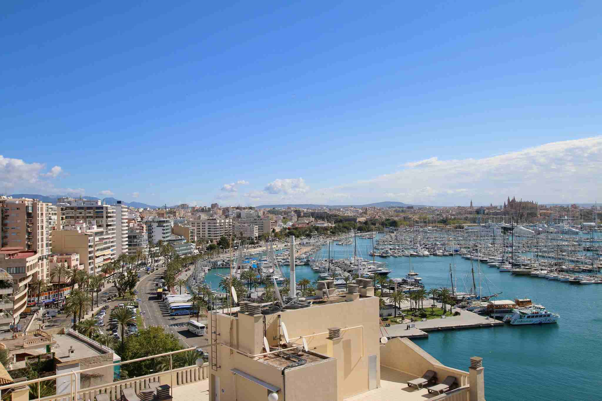 Bright penthouse with unbeatable views in the Paseo Maritimo @ Palma de Mallorca
