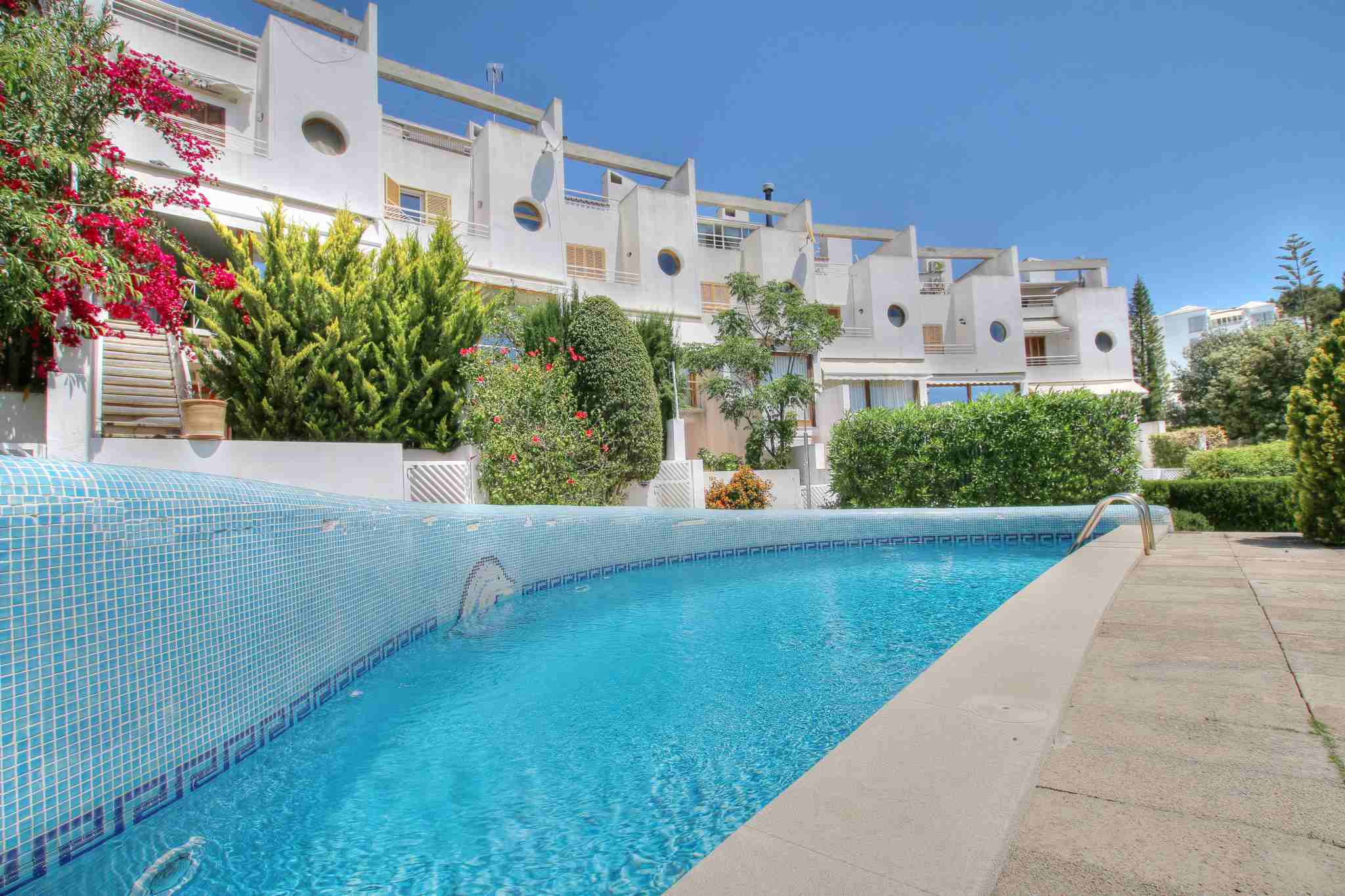 Modern townhouse for rent in La Bonanova @ Palma de Mallorca