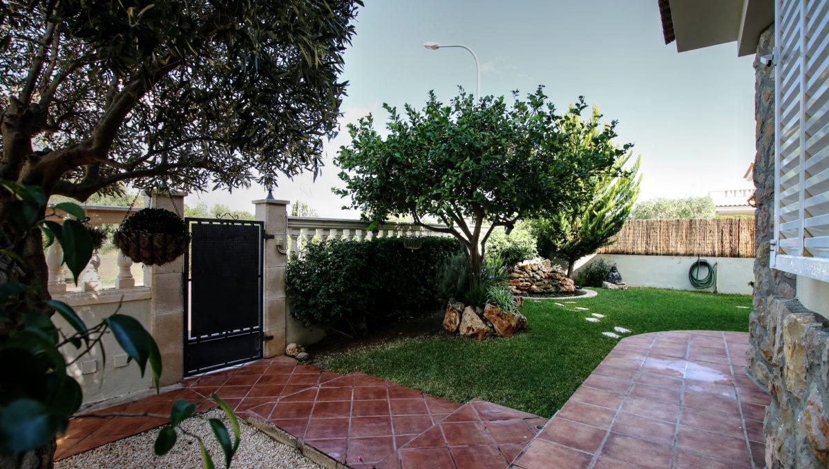 entrada jardin
