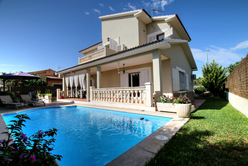 Charming house for sale in Pont d´Inca Park @ Mallorca