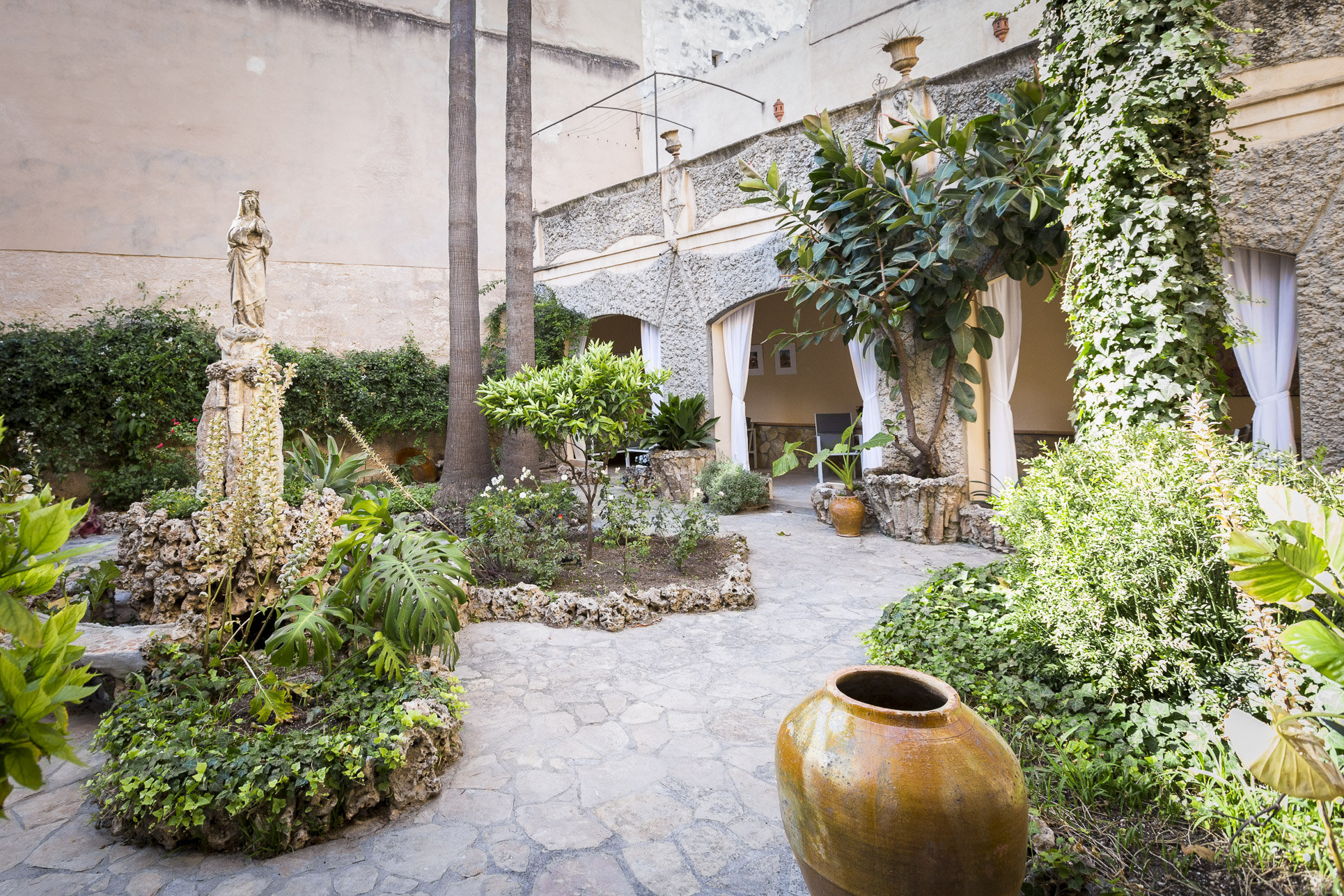 Charming and unique ground floor apartment in the heart of Palma @ Mallorca
