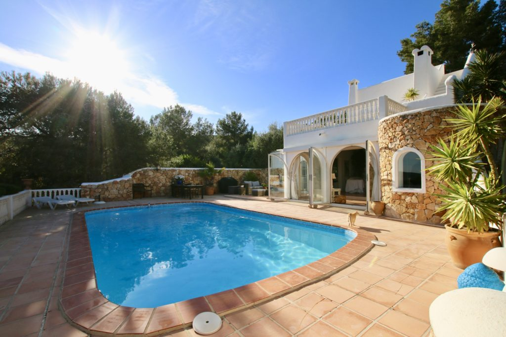 Villa Ibicenca near Ibiza town  with views over  Dalt Vila @ Ibiza