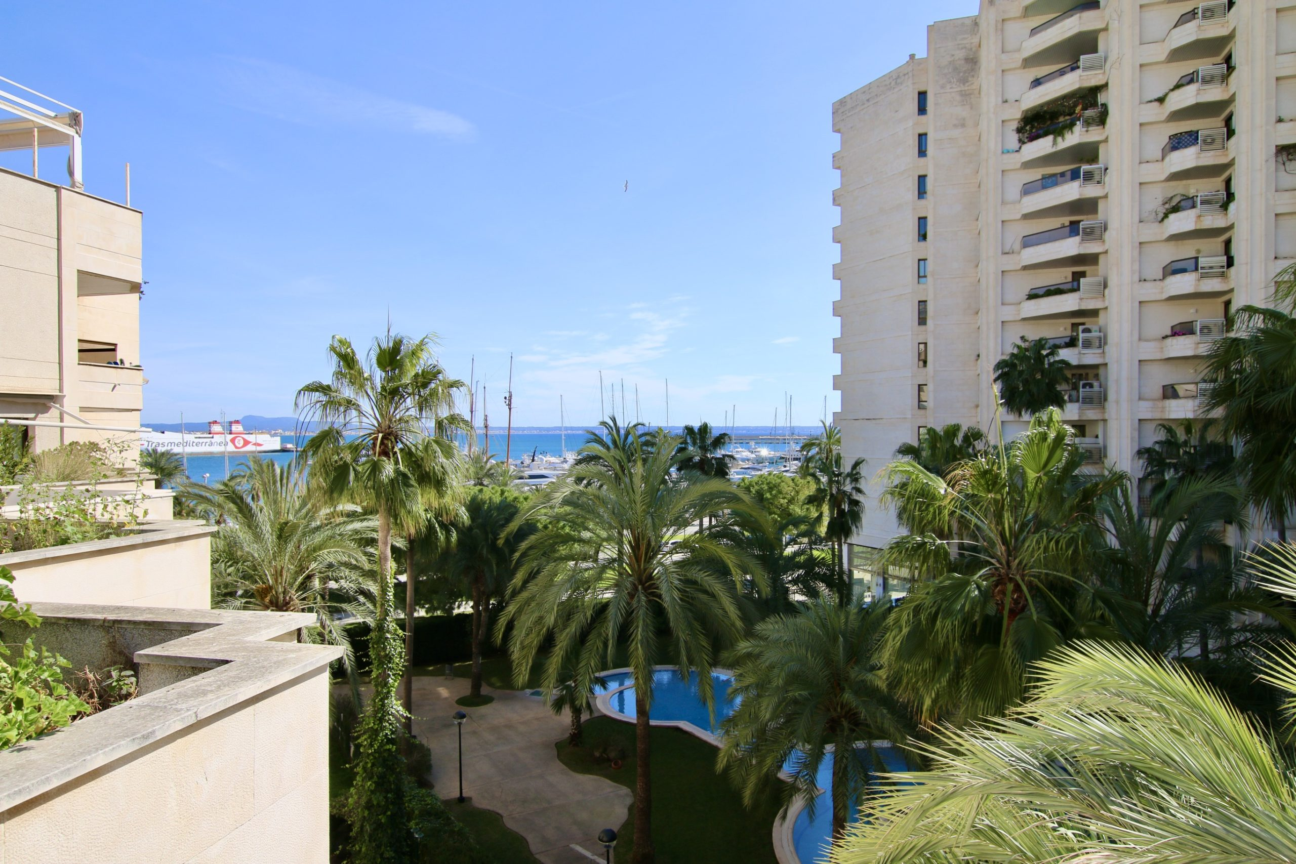 Penthouse, first line in the Paseo Maritimo of Palma @ Mallorca