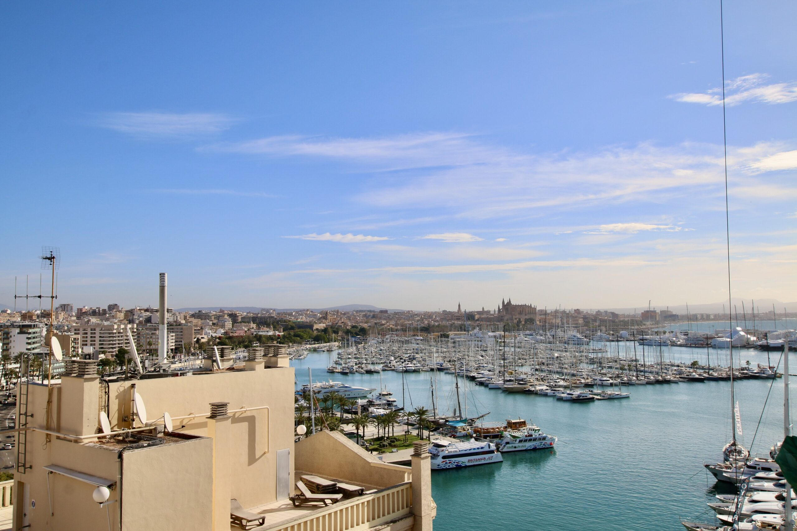 1 bed / 1 bath apartment sea views in the Paseo Maritimo of Palma @ Mallorca
