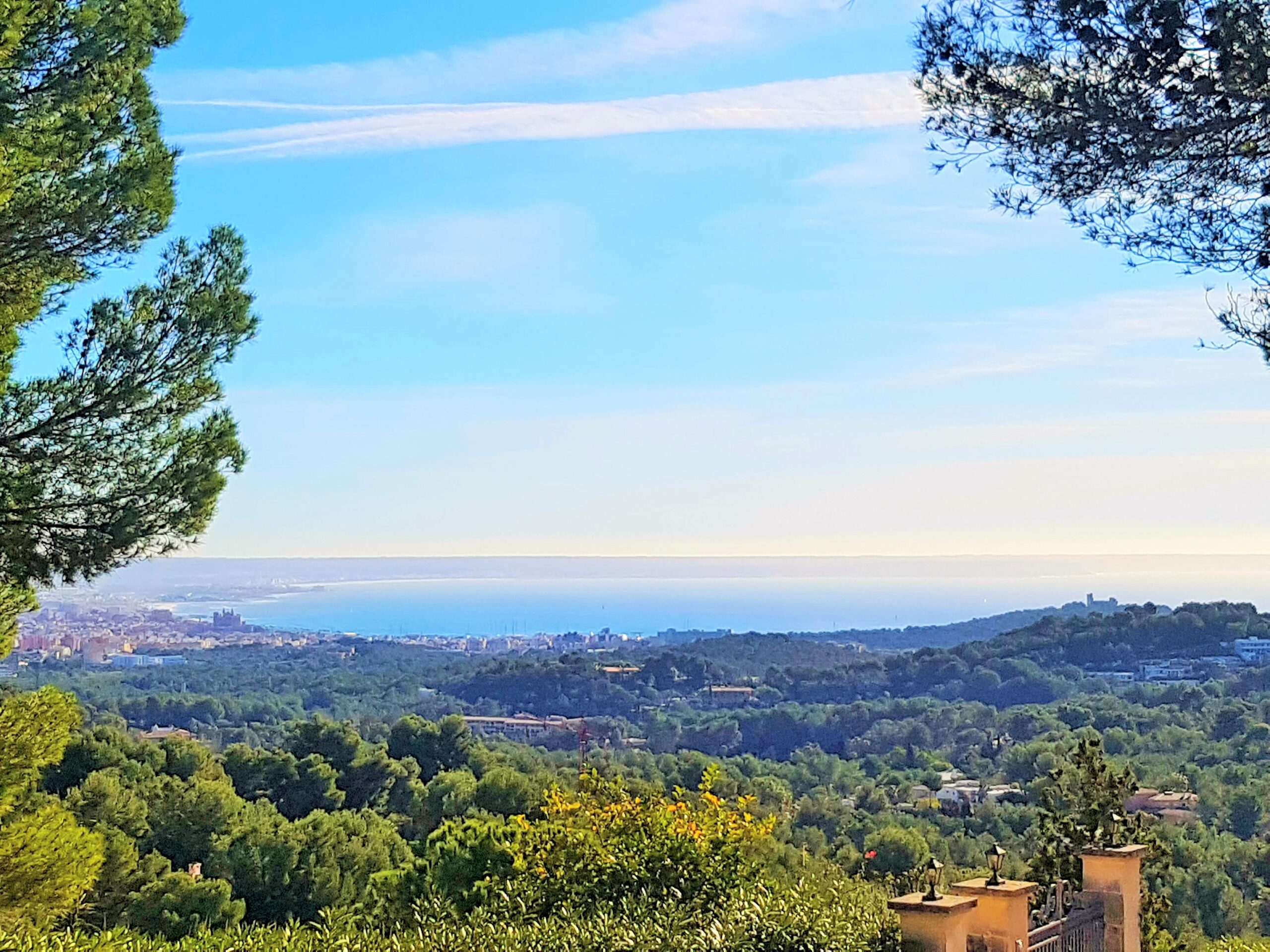 Exclusive land with sea view for sale in the heart of the elegant and luxurious Son Vida area @ Mallorca