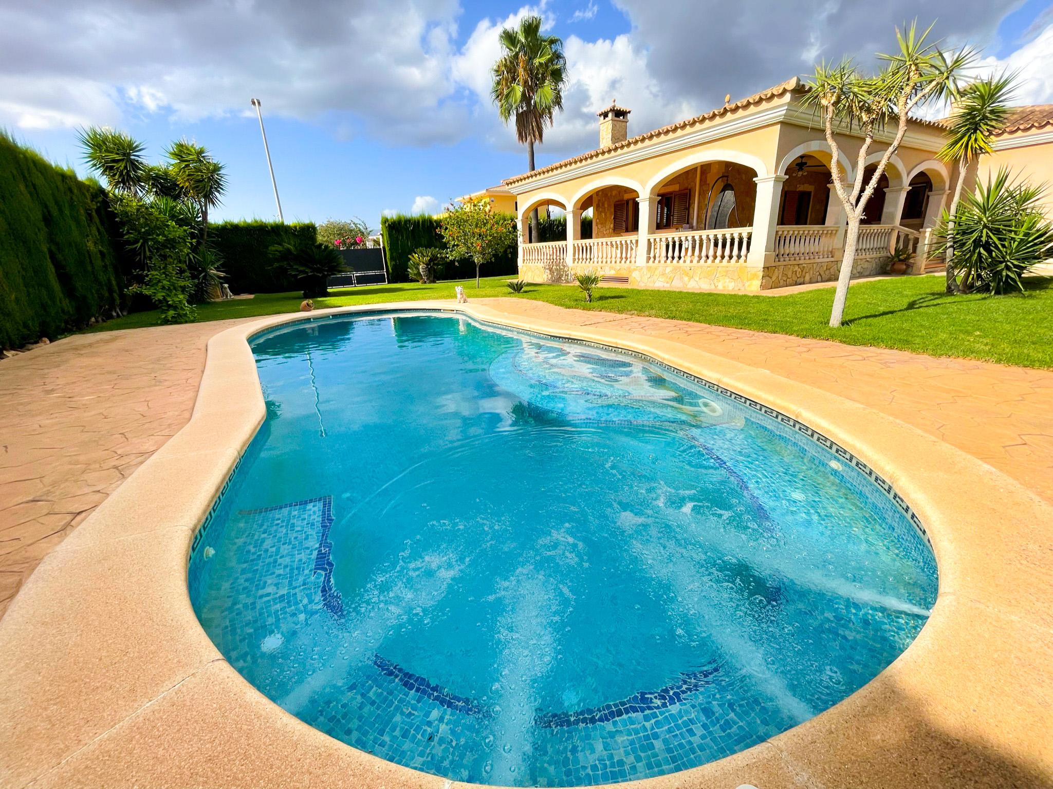 Wonderful chalet with private pool @Marratxí